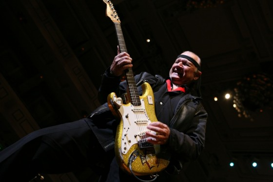 Guitar Legend Dick Dale, www.greatamericanthings.net